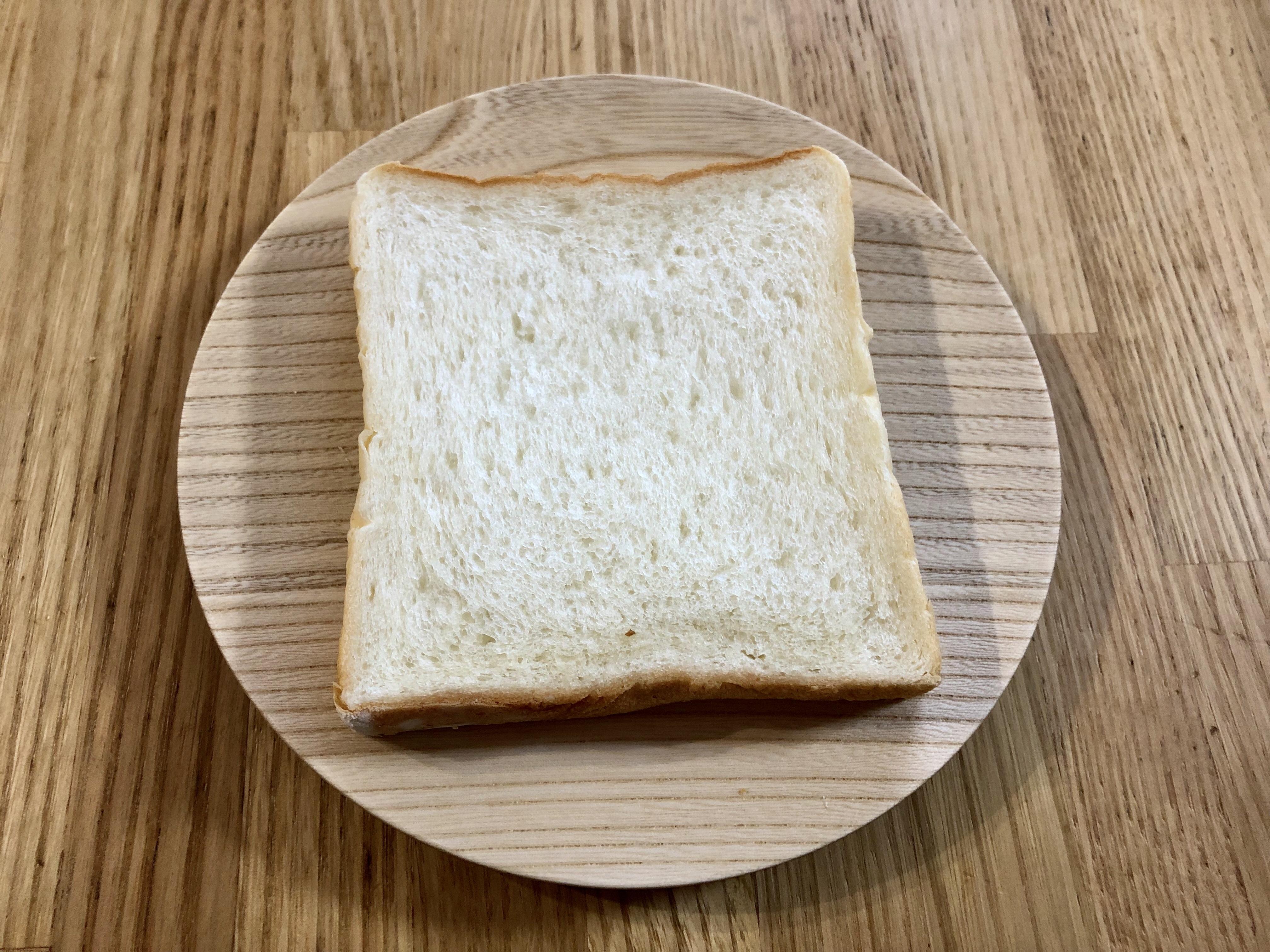 小松市のベーカリー朝顔の食パン